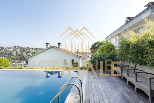 A Luxury Villa With Gorgeous Bosphorus Views Renovated To A High Standard
